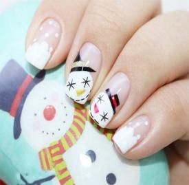 圣诞手绘雪人美甲教程 可爱的圣诞雪人