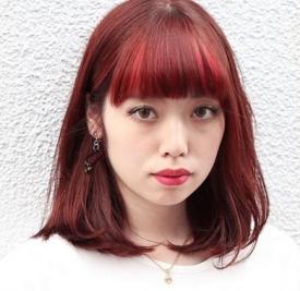 酒红色发型图片 为你打造个性时尚风