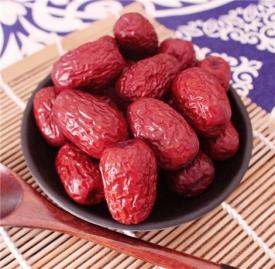红枣丹参泡水的功效 红枣加它泡水喝有效保护血管