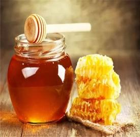 蜂蜜搭配什么喝最好 蜂蜜加一物功效翻几倍