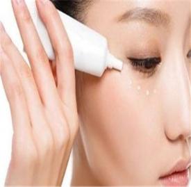 护肤的正确步骤 步骤不对皮肤会越来越差