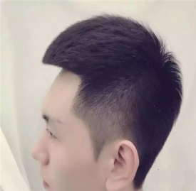 适合单眼皮男生的发型 几款单眼皮男生发型推荐