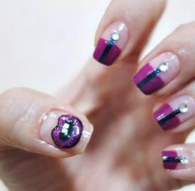 紫唇法式美甲教程 温馨紫色唇装饰