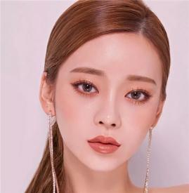 最简单的眼妆化法 五步学会化眼妆