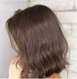 短卷发如何打理好看 时尚烫发颜值上升