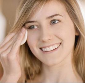 卸妆可以直接用洗面奶吗 可以用洗面奶卸妆吗