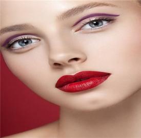冬天化妆干燥起皮怎么办 几个步骤教你打造水润暖妆容