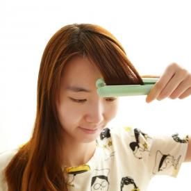 直发器伤头发吗 直发夹板伤头发吗