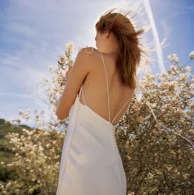 婚纱怎么选适合自己的 结婚当天婚纱怎么选