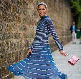 雪纺裙搭配什么包  选好颜色也能各种搭