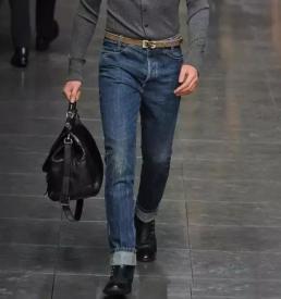 男生如何选牛仔裤
