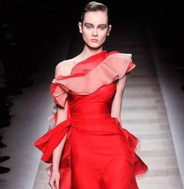 9102年了,我要成为像Valentino一样红的女人