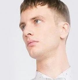 短发男发型两边剃掉 寸短发男发型两边剃掉