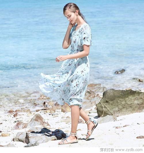 时尚印花+浪漫连衣裙,教你如何至美一拍?
