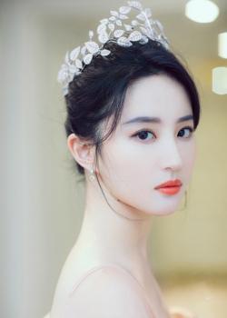 刘亦菲纱裙仙气写真图片