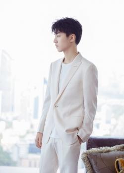 王俊凯帅气养眼高清图片