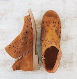 鞋子应该怎么保养