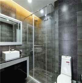 卫生间玻璃胶发黑怎么清洗